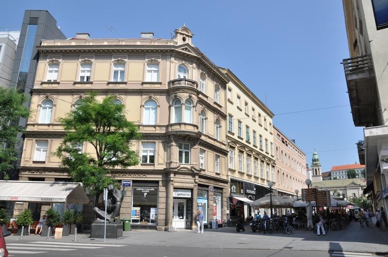 Ljekarnički dom, Masarykova 2, Zagreb